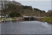 NH6140 : Dochgarroch : Dochgarroch Lock by Lewis Clarke