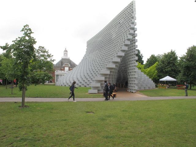 Serpentine Pavilion 2016, view towards gallery