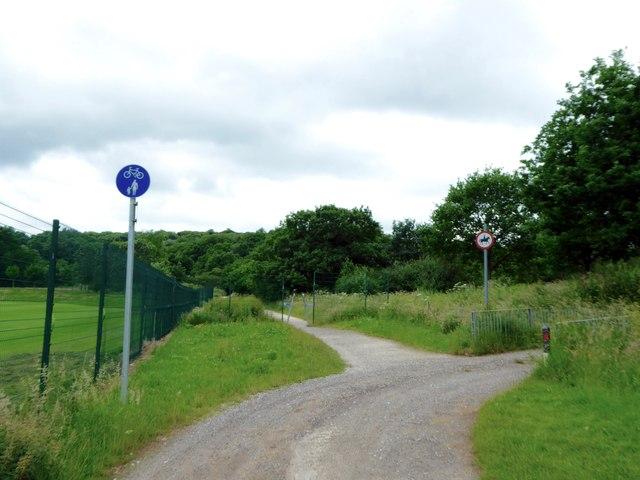 Public footpath near Clayton Wood