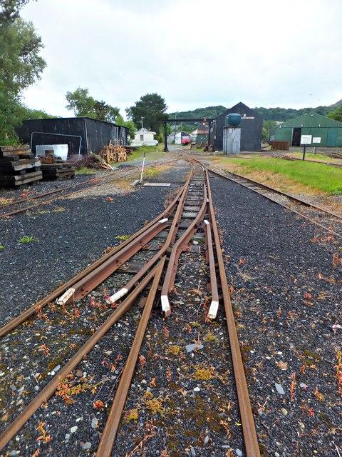 Narrow gauge lines © Richard Hoare cc-by-sa/2 0 :: Geograph