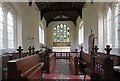 SP9620 : St Mary, Eaton Bray - Chancel by John Salmon
