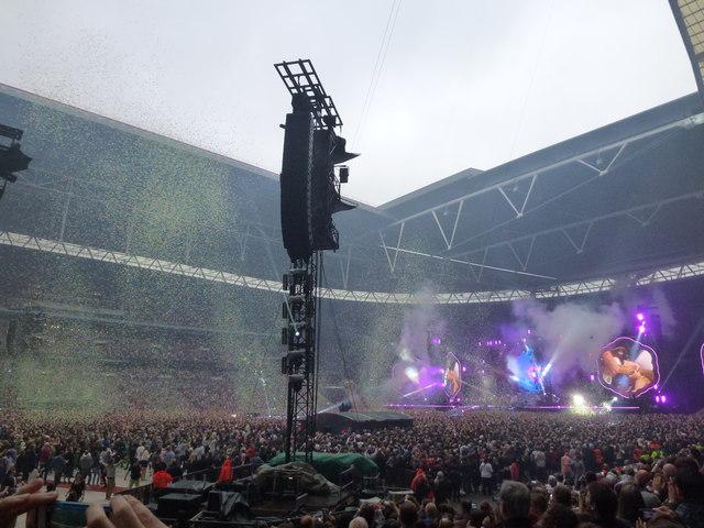 Coldplay - A Head Full of Dreams Tour - Wembley Stadium - 4