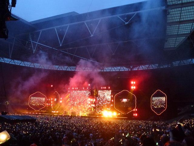 Coldplay - A Head Full of Dreams Tour - Wembley Stadium - 6