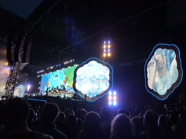 Coldplay - A Head Full of Dreams Tour - Wembley Stadium - 10