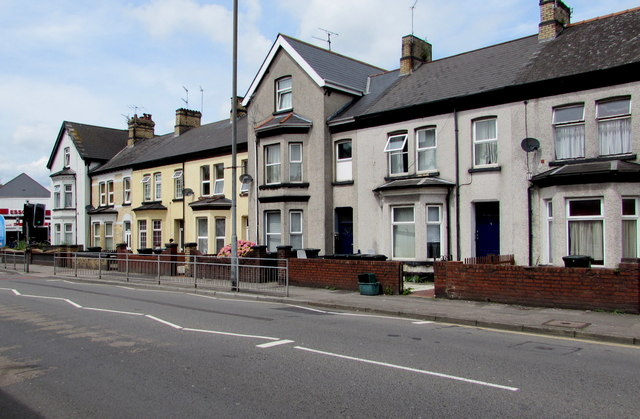 Chepstow Road houses east of Hereford Street, Maindee, Newport by Jaggery
