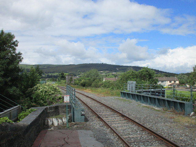 The bridge at the west end of Cahir Station