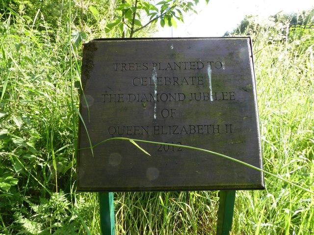 Ferndown LNR: Diamond Jubilee trees plaque