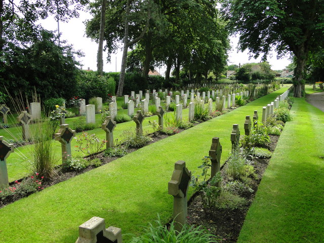 Rows of grave markers in Caister-on-Sea cemetery