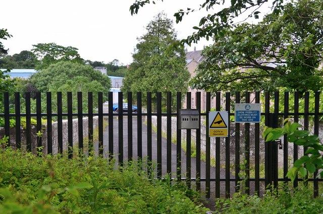 No access to the old bridge, Chirnsidebridge