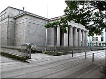 J0407 : Dundalk Courthouse by Eric Jones
