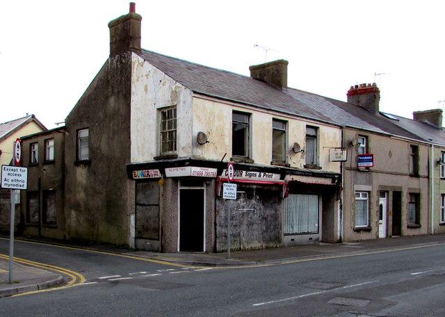 Derelict shop on a Porthcawl corner