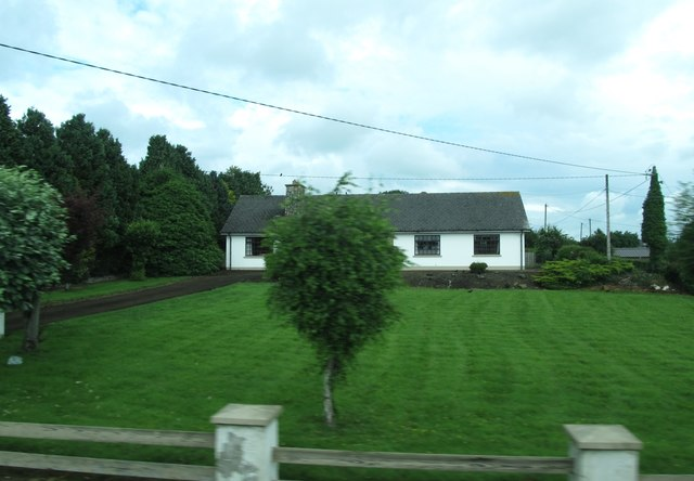 Bungalow on the north side of the R178 at Thomastown