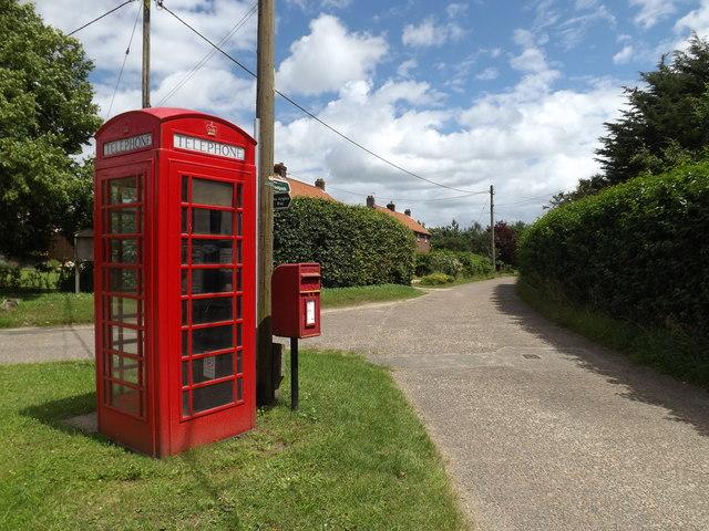 Lodge Lane, Telephone Box & The Street Postbox