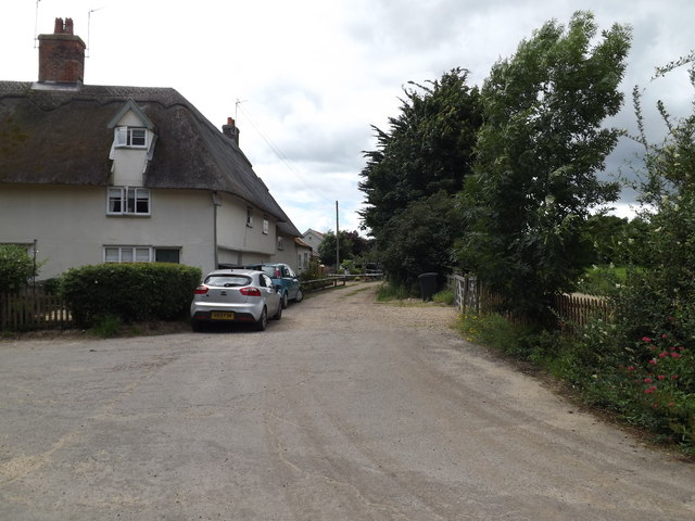 West Harlling Road footpath to Riddlesworth School