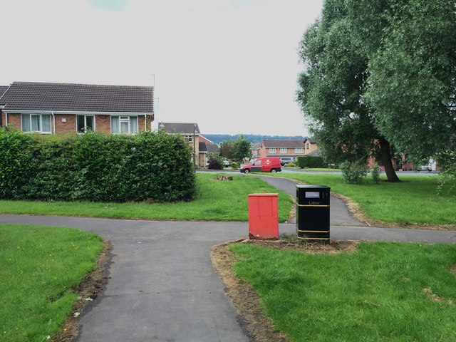 Westbury Park: path junctions