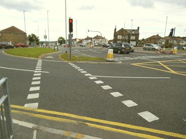 Cycle superhighway, Woodhall Lane roundabout