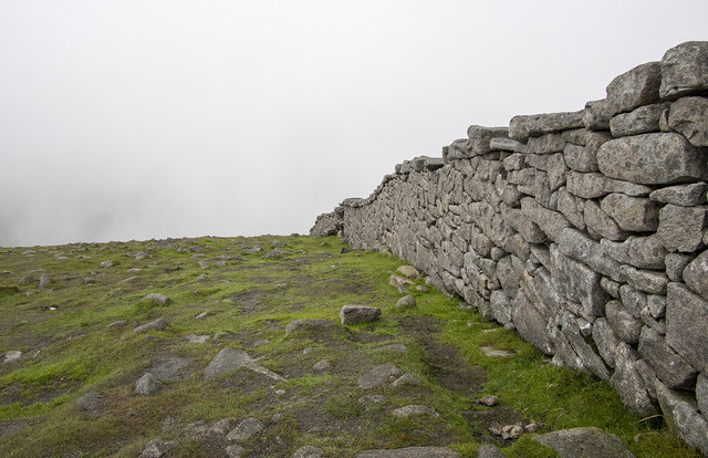 The Mourne Wall, Slieve Meelbeg
