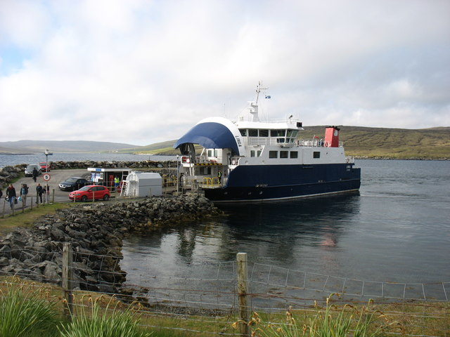 The Whalsay ferry, MV Linga, at Laxo