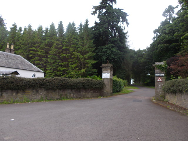 South Lodge, Errol Park