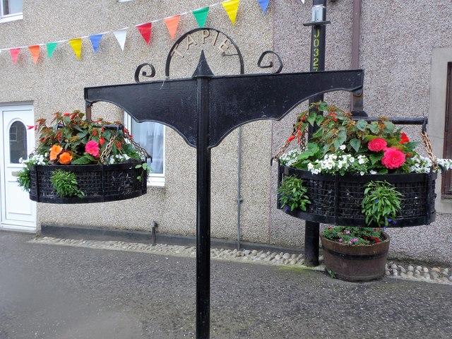 Hanging flower baskets, Errol