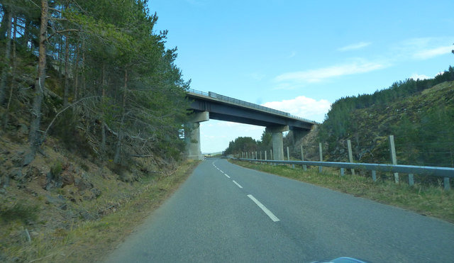 A938 about to pass under the A9