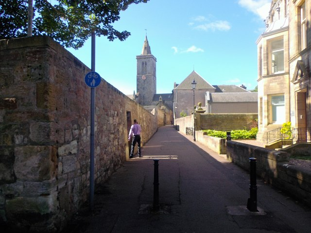 St Salvator's Chapel on North Street (A917)