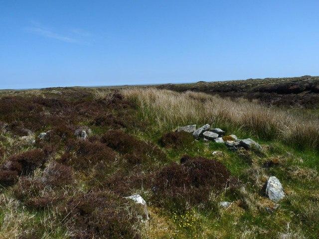 Shieling footings beside the Feadan Mòr, Isle of Lewis