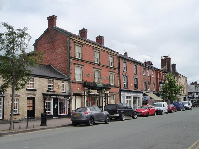 Plynlimon House, 49 & 50 Long Bridge Street, Llanidloes