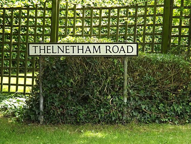 Thelnetham Road sign