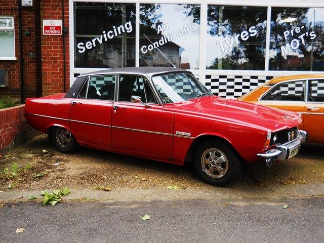 Rover 3500 car, Grange Park