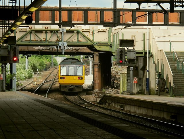 Pacer leaving Manchester Victoria