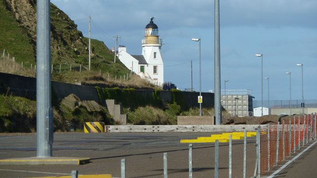 Lighthouse from Scrabster Harbour