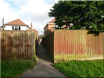 SZ0895 : Redhill: footpath O11 to The Grove by Chris Downer