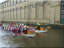 SE1438 : Dragon boat racing behind Salt's Mill by John Smith