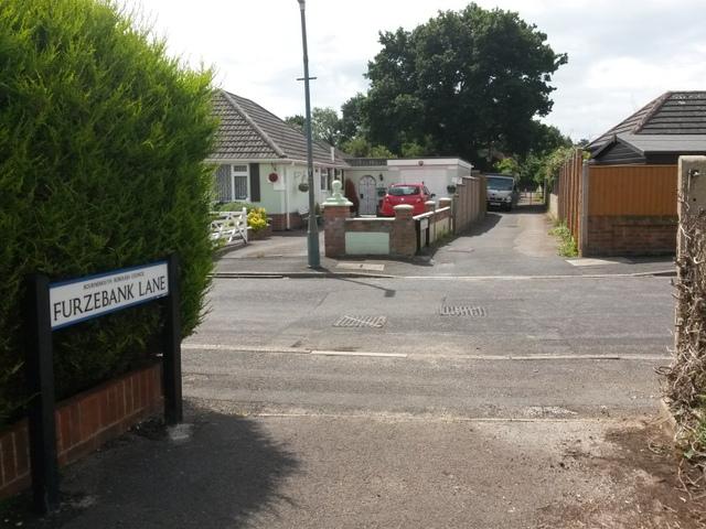 Ensbury Park: Furze Bank Lane crosses Nicholas Gardens
