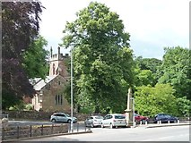 NY6819 : Church and memorial, Bongate, Appleby by Christine Johnstone