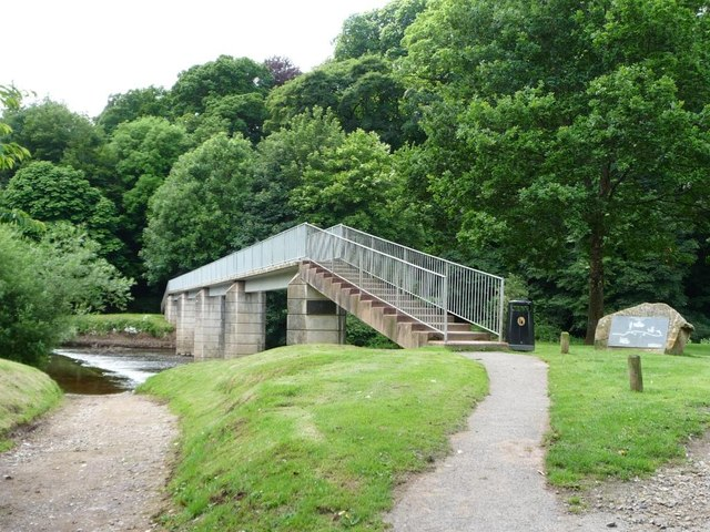 Footbridge over the Eden, with a ford alongside
