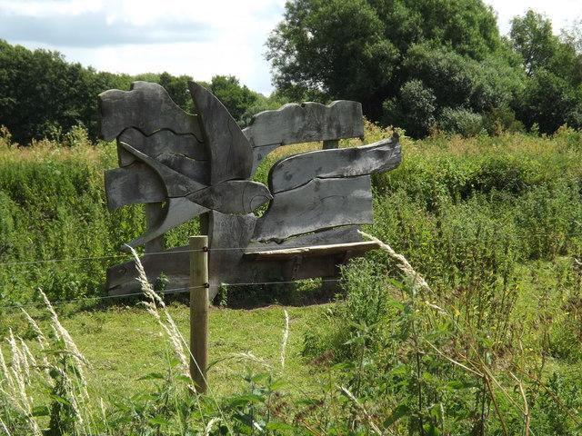 Wood Sculpture off Thelnetham Road