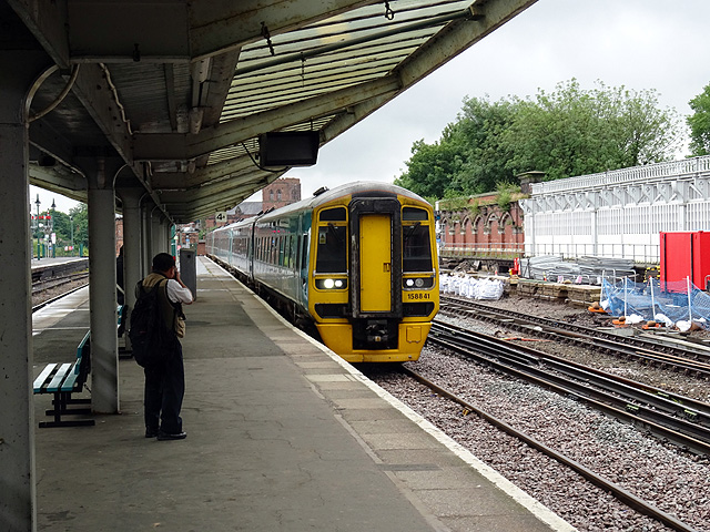 A Holyhead bound train arrives at Shrewsbury