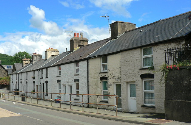 Weavers' cottages in Doll Street