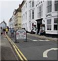 SN1300 : High Street pedestrian zone, Tenby by Jaggery