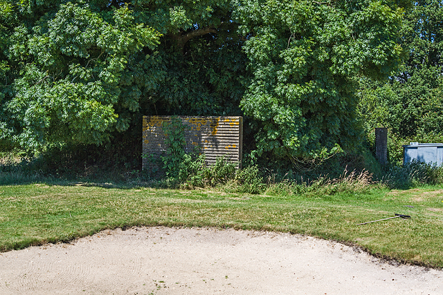 WWII airfield bombing decoy control bunker - Moors Valley Golf Course (2)