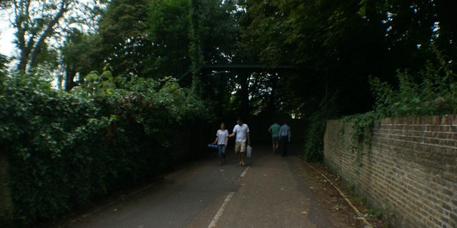 View along the path in Marble Hill Park back towards Twickenham
