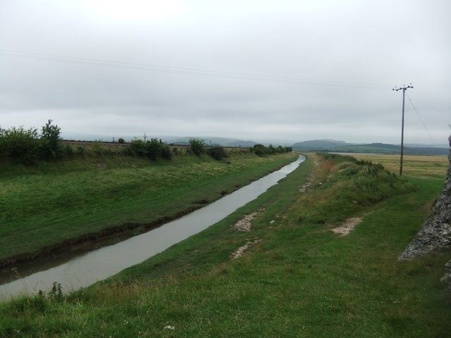 Capeshead embankment