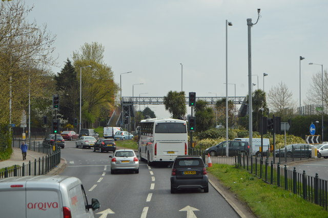Roundabout, A316