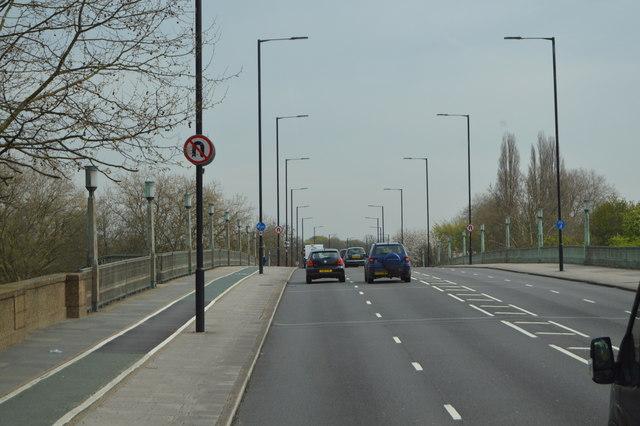 A316, Twickenham Bridge