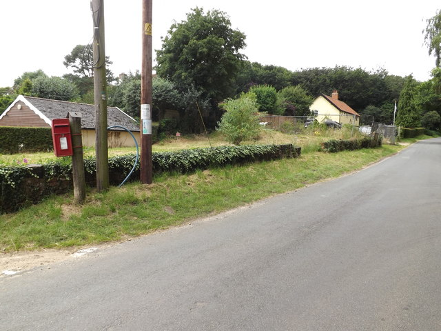 Fen Street Postbox