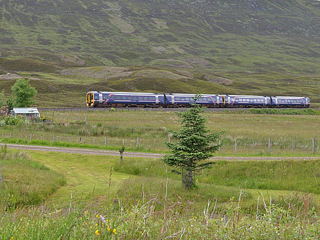 Inverness-bound train heading north from Balsporran