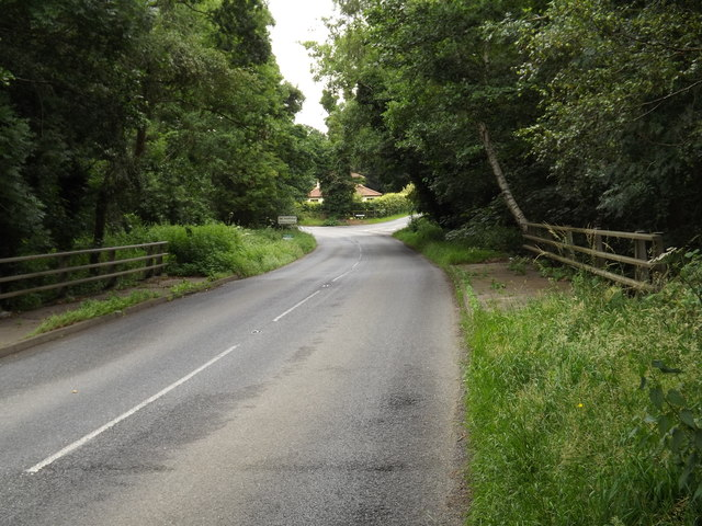 Entering Norfolk on B1111 Common Road