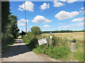 SU3666 : Private road used as a public path by Des Blenkinsopp